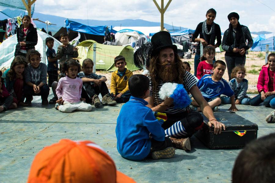 Aid Chidren Cirkus Clown Culture Help Humanitarian Humanitarianaid Idomeni Joy Refugee Refugees Syrian Volunteer
