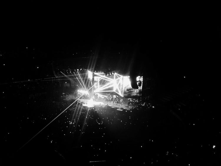 Concerto Marco Mengoni Mengoni Live Live Musica Palalottomatica Roma Rome Concerto Bellissimo Blackandwhite Biancoenero Phrases Of The Day Art Illuminated Happiness Lifestyles Portrait First Eyeem Photo City Life Communication Picoftheday Photooftheday Walking Around Relaxing Day