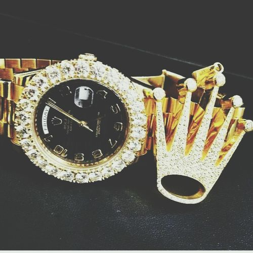 Luxury Luxurylifestyle  Ca$h Money Versaceversacevercase