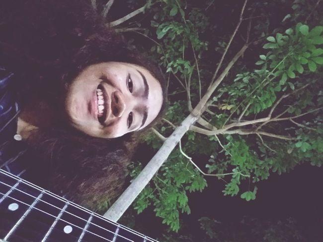 ยิ้มแว้
