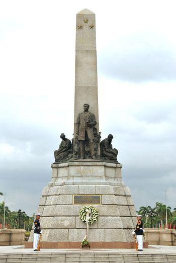 Jose Rizal National Hero Of Philippines JoseRizal Rizal Park Park City Politics And Government Sculpture Statue Architectural Column Arts Culture And Entertainment History Monument Full Length Memorial Fine Art Statue