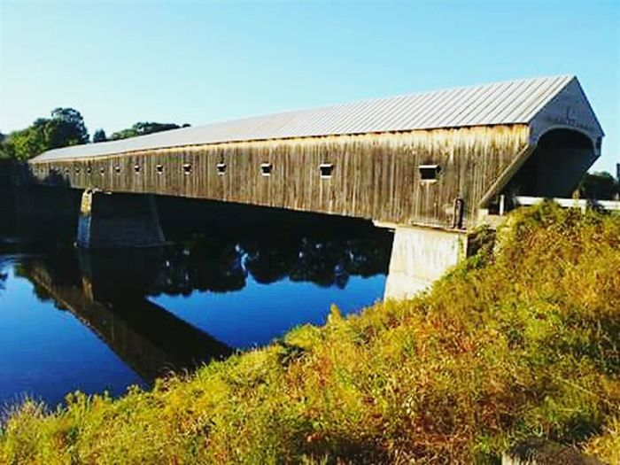 This is one of my Favorite places... I grew up in Vermont... Homesick  Covered Bridge Historical Place Cornish/windsor Godscountry Upper Valley Architecture Longestcoveredbridge Timeless WhiteRiverValley Connecticut River Water Reflections