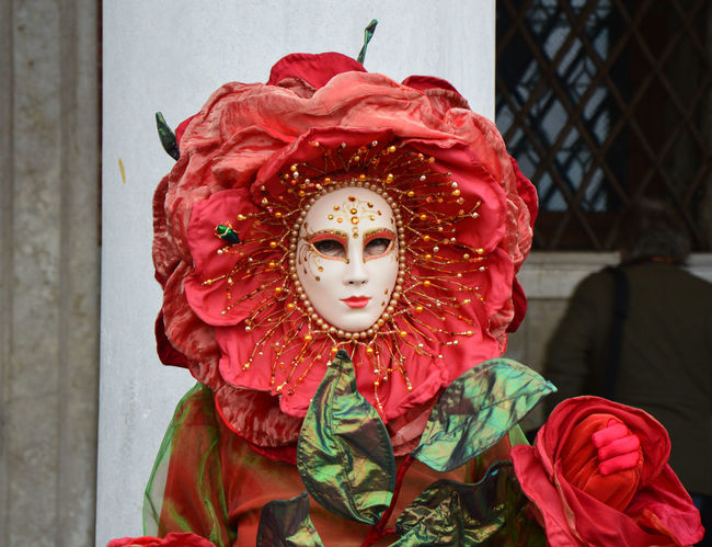Venice Carnival Mask Italy Holidays Italy❤️ Maschere Maschere Carnevales Maschere Veneziane Maschere, Carnevale, Colori, Festa, Allegria, Finzione Mask Mask_collection Masks Masks Arts And Crafts Masks Venezianas Red Color Red Color 🎈 Venezia Venezia #venice Venezia Italia Veneziadavivere Venice Canals Venice Carnival Venice Italy Venice Mask Venice Mask - Style Venice Masks Venice View Venice, Italy