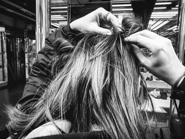 More on Close-up Bnw Bnw_collection Bnw_captures Bnw_life Streetphotography Streetphoto_bw Streetphotography_bw Streetphoto Hair l Leccecomelacantoio Hairstyle Girl Beauty Hands Outdoors Street Photography Urbanlife People Humansoflecce Hair Bun Hairbuns Girly Girly Things  Bnw Photography