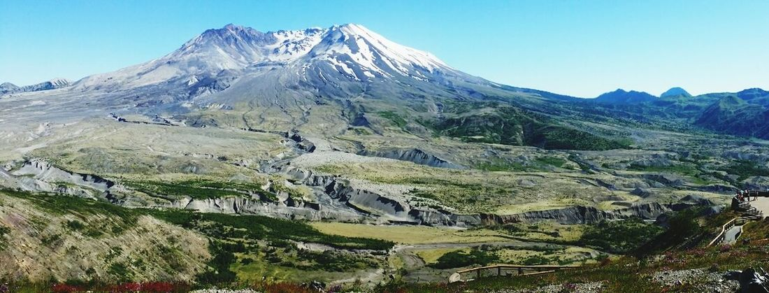 Mt. St. Helens  Mountain View Mountain Washington State volcano