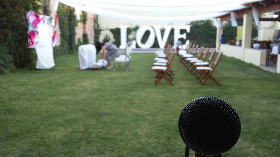 Grass Outdoors Day Wedding Wedding Photography Wedding Party Wedding Ceremony Weddingday  Love Marry . Party Weekend Sing Singer  Singers Singerslife Mic Microphone Band Garden Musician Guitarist Musical Instruments Guitar Love Guitarist Rock Music