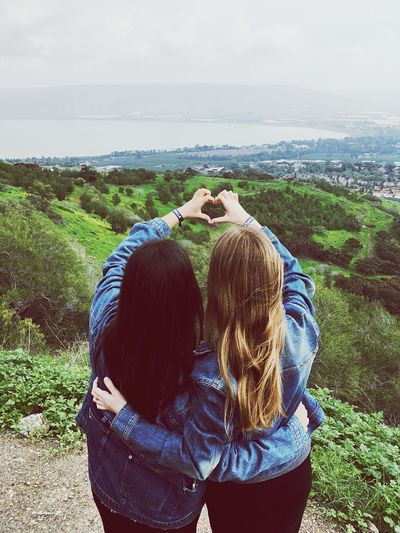 Every brunette needs a blonde best friend Friendship Life In Colors Togetherness Travel Photography Togetherness Real People Day Rear View Leisure Activity Two People Casual Clothing Nature Outdoors Women Sky Landscape Photographing Lifestyles Standing Young Adult Go Higher