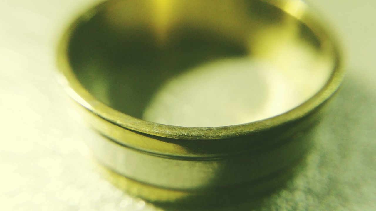 selective focus, no people, indoors, green color, close-up, studio shot, day