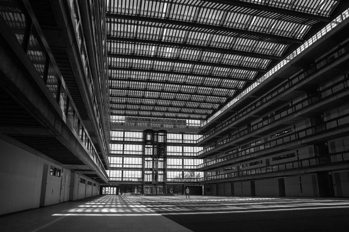 Architectural Feature Architecture Bell Works Blackandwhite Building Built Structure Empty Illuminated Modern Saarinen Vanishing Point The Architect - 2016 EyeEm Awards