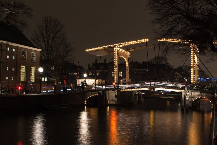 Amsterdam Bridge over the Canal by night Amsterdam Holland Bridge Bridge - Man Made Structure Nightphotography Night Nightlife City Life Cityscape Cityscapes Lights Architecture Culture