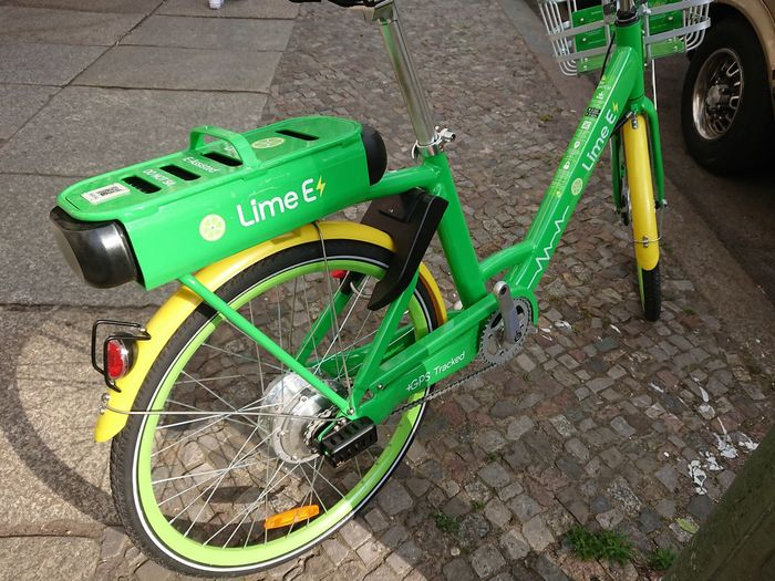 LimeBike bicycle. LimeBike is a bicycle-sharing company based in California operating dockless bicycle-sharing systems using a mobile app for reservations Green Lime Bike Limebike Rent A Bike Transport Transportation Wheel Bicycle Bicycles Bike Bike Share Bike Sharing Bike-share Bike-sharing Bikes Bikeshare Bikesharing Mode Of Transport Mode Of Transportation Rental Rental Bicycle Vehicle Wheels