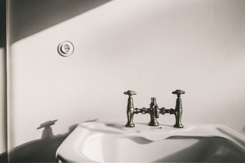 Meisterhäuser Dessau Bathroom Bathroom Sink Close-up Domestic Bathroom Domestic Room Faucet Historic Bathroom Home Household Equipment Hygiene Indoors  Interior Interior Design Metal No People Public Restroom Shadow Simplicity Sink Tap Vintage Bathroom Wall Wall - Building Feature Wash Bowl