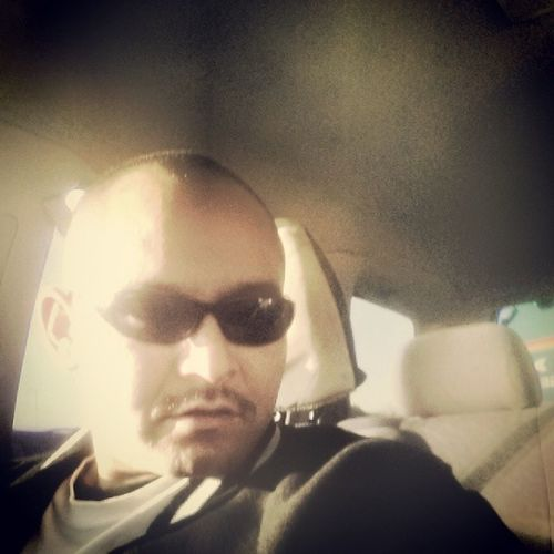 Selfie Quickpic Randompic WestCoast riding fresh haircut shopping rolling losangelescity losangelescounty california sunshine sunlight sunhitme thoughtfull christmas christmasseason Umm wat to get ______ 4 Christmas lol ???