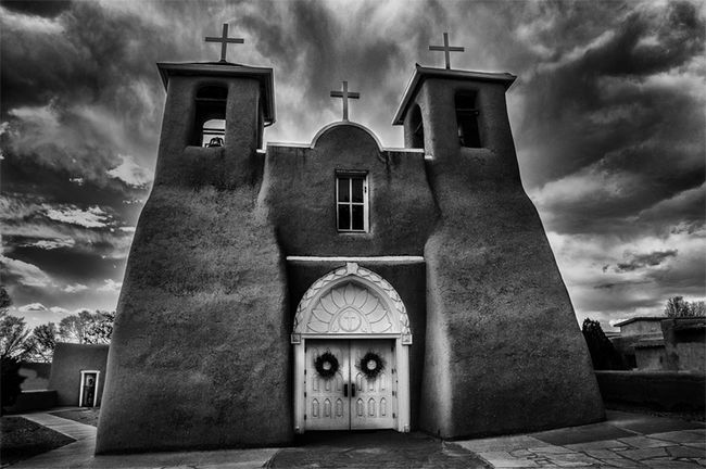 """St. Francis de Asis"" Church Architecture B&W Collection Building Exterior Built Structure Church Cloud Cloud - Sky Cloudy Cross Day Exterior Façade Historical Church Low Angle View No People Outdoors Overcast Place Of Worship Religion Sky Southwest U.S. Spanish Architecture Spirituality Weather First Eyeem Photo"