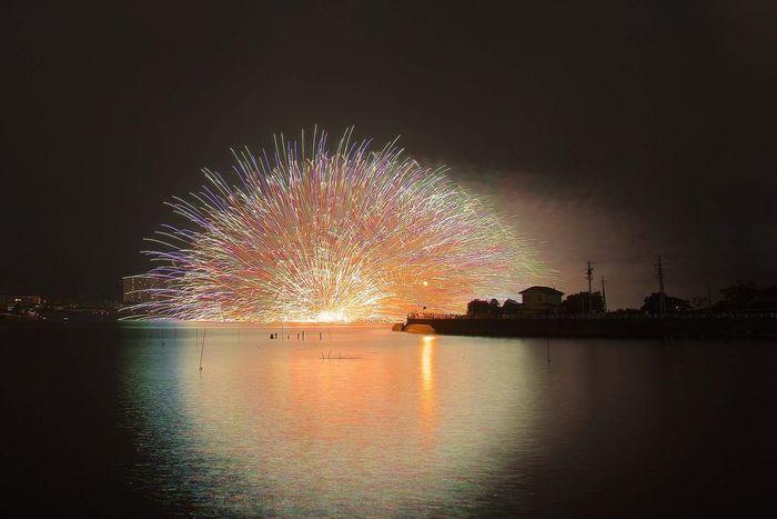 Fireworks Firework Display Exploding Long Exposure Firework - Man Made Object Illuminated Celebration Night Water EyeEmNewHere