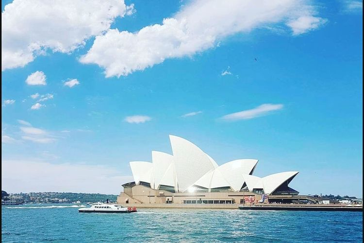 Architecture Travel Destinations Arts Culture And Entertainment Outdoors Sea Day Building Exterior Harbor City Sky No People Sydney Australia Culture Opera House Australian Landmark Iconic Buildings Icon Summer Spring EyeEmNewHere Neighborhood Map The Architect - 2017 EyeEm Awards