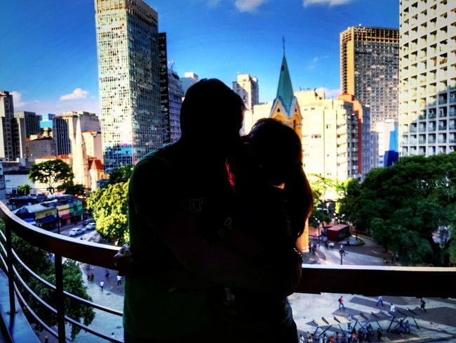 SP Lovers City Two People Skyscraper Urban Skyline Men Love City Lovers People SP Architecture Girl Kiss Xoxo