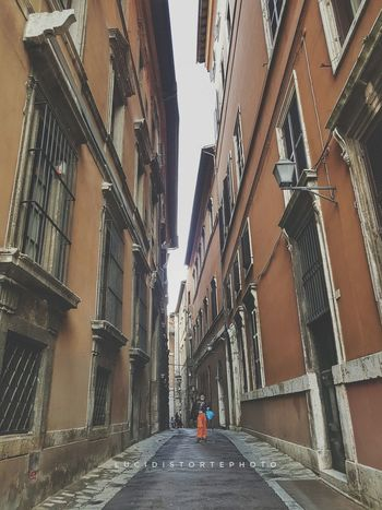 Perugia... Architecture People Day One Person Adult Building Exterior Adults Only Perugia Italia S7 S7edgephotography Streetphotography Lucidistortephoto