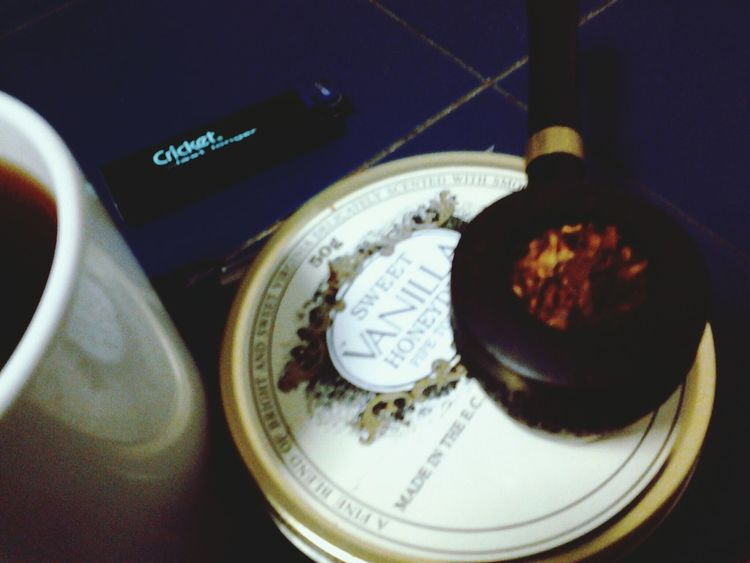 supper bowl. Pipe Smoking Wind-down