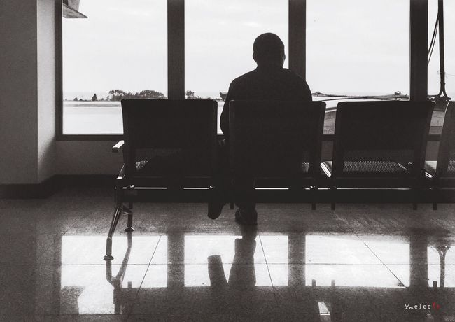 Taking Photos IPhone IPhoneography Iphonephotography Silhouette People People Watching Monochrome Blackandwhite Black And White Airport