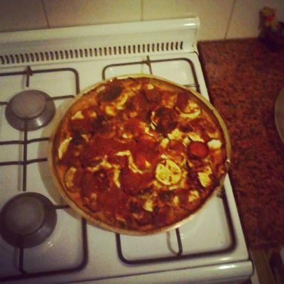 Pizza de zuccini y berenjena con salsa y queso! Floja cenita