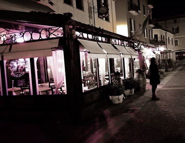 ...waiting... 50s Maststyle Italianstyle Romantic Meandyou Weekend Igers Igtravel Love Soul Italianromance Romance Iglovers PeschieraDelGarda Lagodigarda Peschiera