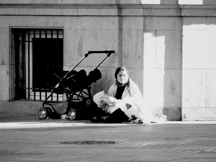 Streetphotography Streetphoto_bw Streetphotography_bw Sadbuttrue #homelessness #homeless #poverty Italianbrother