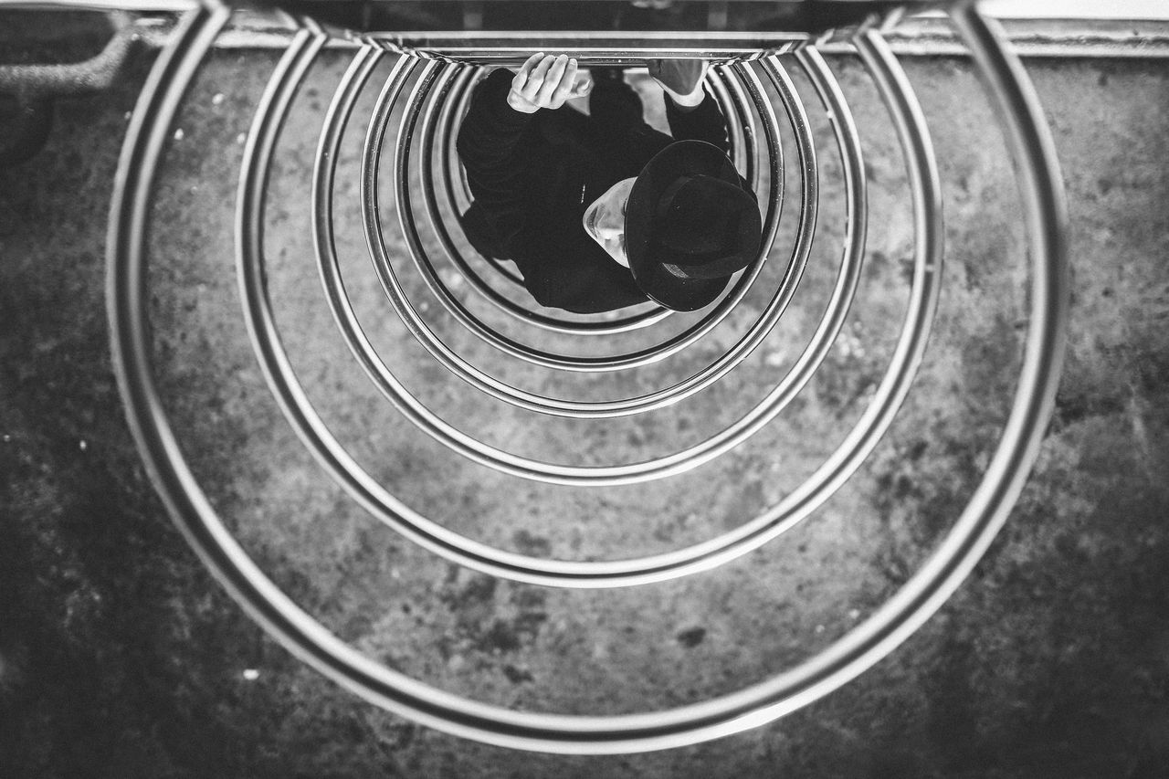 HIGH ANGLE VIEW OF CHILD ON PLAYGROUND