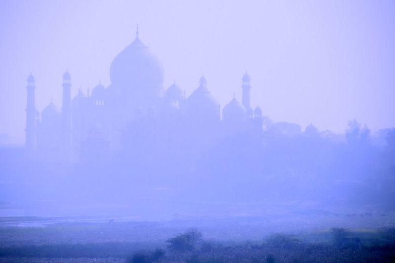Mystery of Taj Mahal Silhouette Taj Mahal India Palace Misty Hazy  Mystery