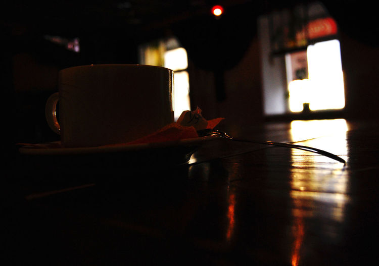 Close-up Coffee Cup Cup Of Tea Dark Focus On Foreground Home Interior Illuminated Indoors  Koffe Metall Spoon No People Spoon Table