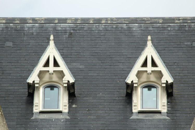 Parallel windows Tiled Roof  Parallel Roof Rooftop Window Sky Architecture Building Exterior Built Structure Close-up Triangle Shape Residential Structure Roof Tile Geometric Shape