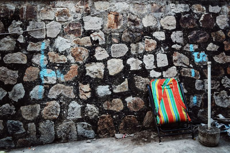 Alone Oldwall Walls Alone Colorful Vietnam Travel Photography Photoshoot Vidilungtung Lodvieliz The Architect - 2018 EyeEm Awards Multi Colored Close-up Street Art