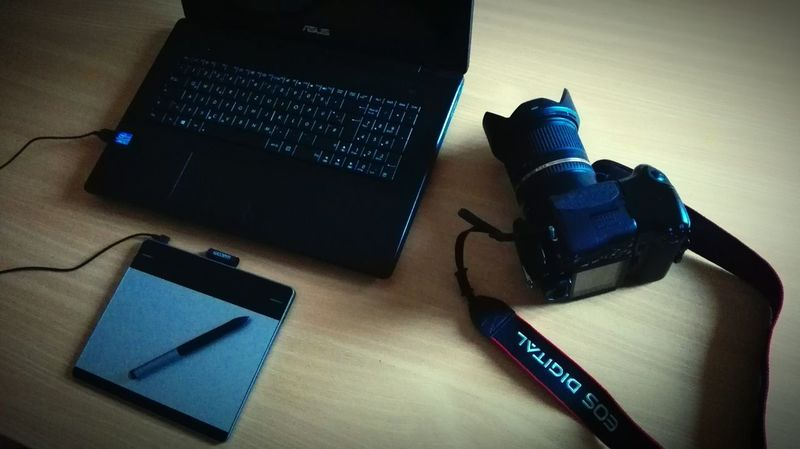 My working place. Wish you a nice day ☺ Showcase: January Hanging Out Taking Photos Check This Out Handy Photo Handyphoto Smartphonephotography EyeEm EyeEm Gallery Canon Workingplace My Hobby Hobbyphotography