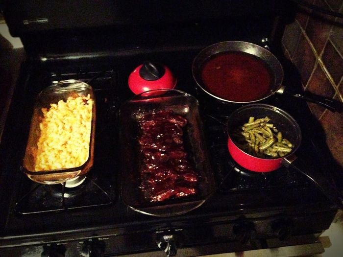 Better Together Dinner Time What's For Dinner? Yummy♡ Delicious Bbqribs BakedMacNCheese Greenbeans Cornbread Yummy :)