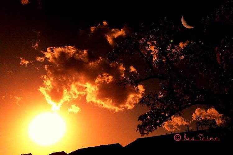 Massive sunset Sunset Cloudporn Nature_collection EyeEm Nature Lover