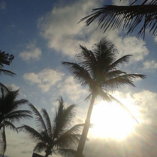 Dia mais que abençoado e relaxante, revigorado! Pronto para mais uma semana de trabalho e estudos! Nofilter Cariocagram Peace Sun Sunset