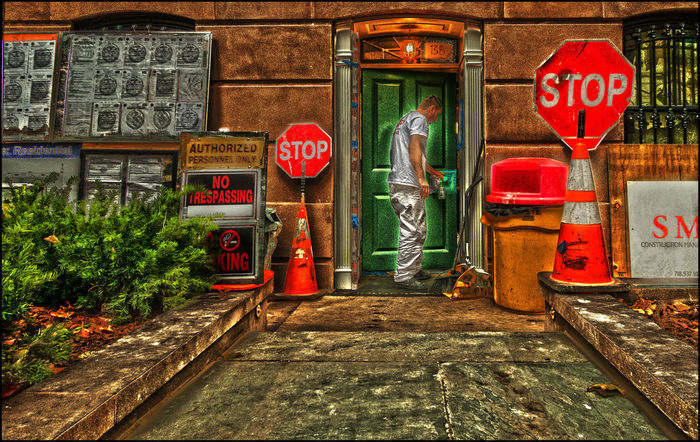 Behind the GreenDoor - 11/9/18 Malephotographerofthemonth Add A Little HDR And Stir EyeEmNewHere My Point Of View Selective Edits & Adjustments Abstract City Scene