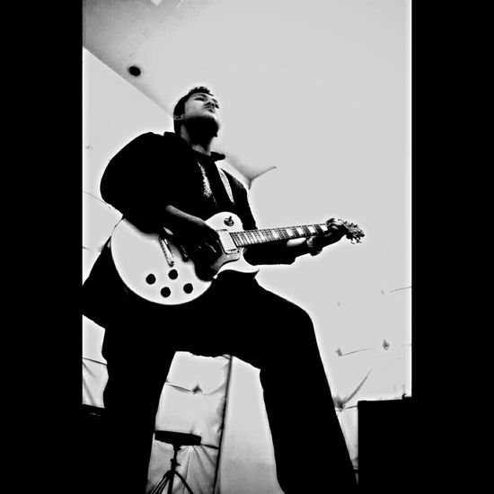 Play it n feel it Black&white Guitarist Musician Musicphotography Playguitar