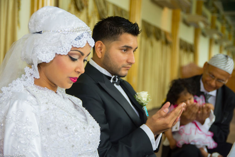 Wedding Life Events Bridegroom Wedding Ceremony Ceremony Togetherness Husband Couple Happiness Place Of Worship Trinidad And Tobago Beautiful Caribbean Muslimwedding Religion Bride Stillife Couple - Relationship