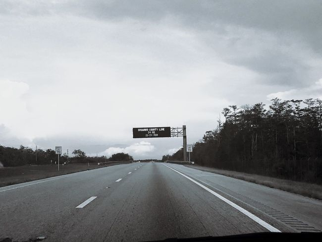 White Line Fever haha Highway Roadsign Blackandwhite MeinAutomoment