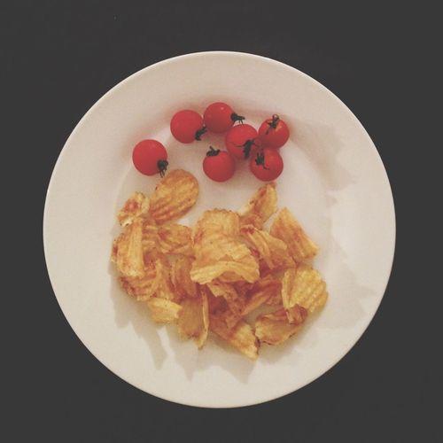 おつまみ 喫茶室雨 ごはんよりもトマトと Chips が好きなのです…また ママにおこられる