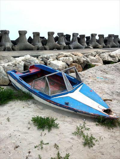 Boat Naufragio Oldboat Bluesky Blacksea Sand Teambuilding Venus Sky Ture Explore Stabilopozi