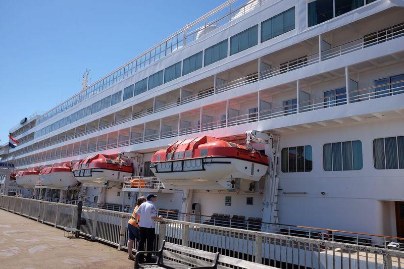Cruise Ship Cruise Ship Quay Harbor Tourism Boot Vacation Transportation Transport Transport Ship Longside White Ship