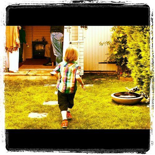 1 Kid Runningaway