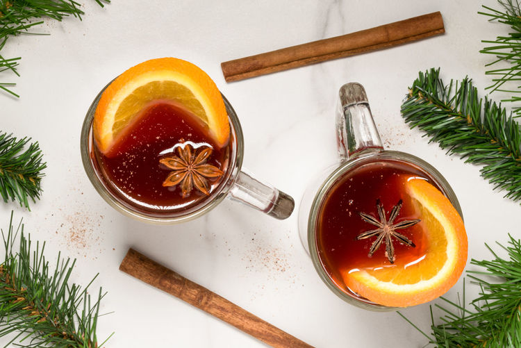 Hot Spiced Cider Food And Drink Drink Spice Hot Cider Spiced Cider Hot Spiced Cider Spiked Rum Beverage Holiday Christmas Warm Alcohol Cocktail High Angle View Traditional Tradition