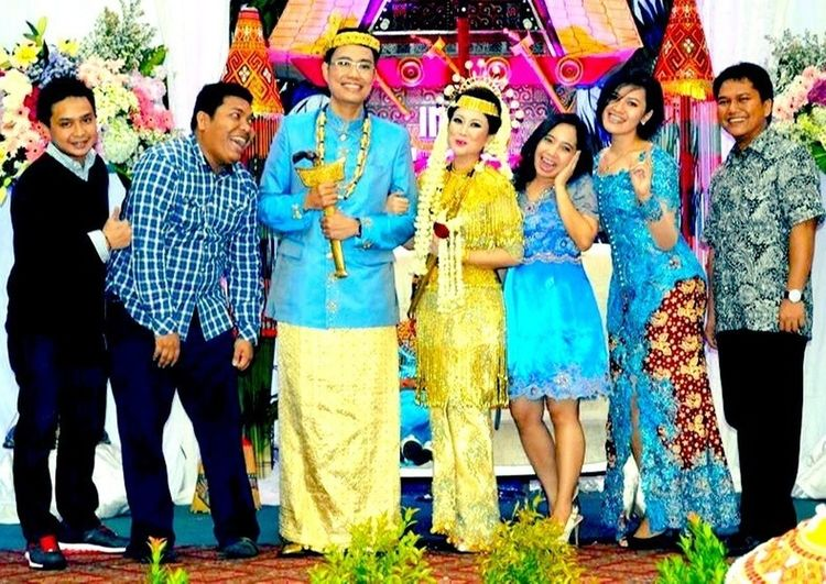 My happiness is when my beri beri best friend's happy, congratsss my dear kiki and steven for your wedding.....