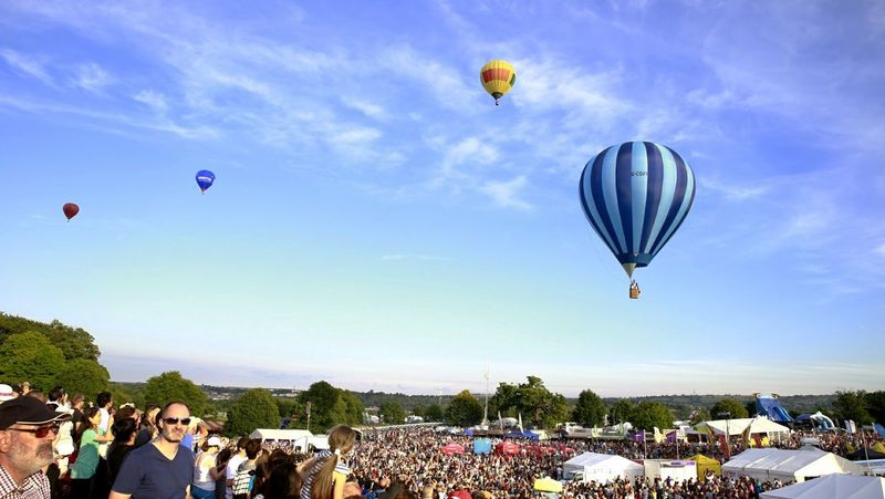 My Favorite Photo Balloons Ballonfiësta Ballonfestival Balloons In The Sky Festival Bristol, England Bristol Balloon Festival  Bristol Summer Summertime Blue Sky Sky EyeEm Gallery EyeEm Masterclass Eyeemphotography EyeEmBestPics EyeEmbestshots Summer Exploratorium