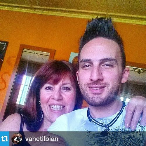 Repost @vahetilbian ・・・ With Sevan hairstylist, vocalist, and aunt extraordinaire!! Thanks for the rockin' haircut. SevanSalon is the best!! Addisababa Ethiopia Africa Addis MyCity MyFamily