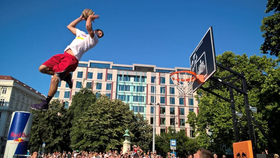 #lordsofgravity #lumiaphoto #streetball Activity Architecture Basketball - Sport City Expertise Extreme Sports Full Length Jumping Leisure Activity Males  Men Motion One Man Only One Person Only Men Outdoors People Skill  Sport Sportsman