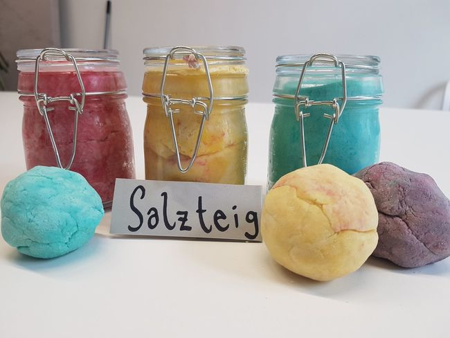 Homemade play dough made out of salt, flour and water plus food coloring. Arts And Crafts Crafty Mason Jars Craft Craftymama Googly Eyes Jars  Kids Crafts Play Play Dough